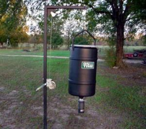 225 lb Hanging Feed Pole kit w/ Solar Elite Timer