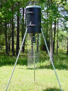 225 lb Capacity Tripod Deer Feeder with the Solar Elite Timer